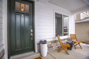 advantages and disadvantages of steel doors